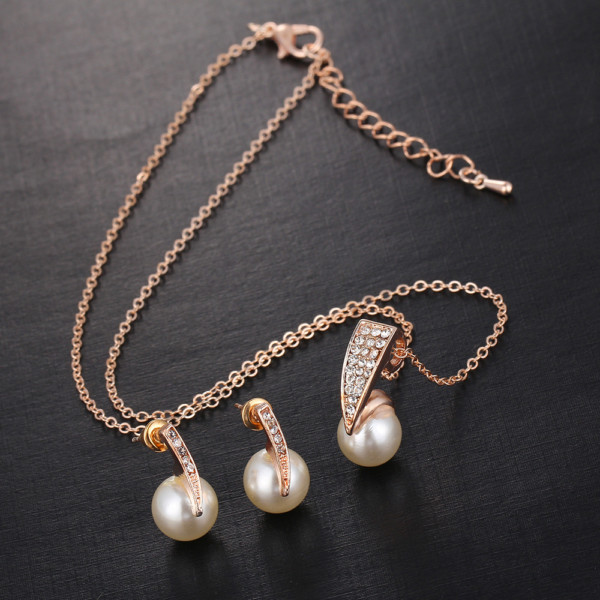 43e4370855 Pearl Necklace Set | Online Shopping in Pakistan: Fashion ...