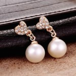 2016-New-Fashion-Paragraph-Hot-Selling-Earrings-Double-Side-Heart-Shining-Pearl-Earrings-Big-Pearl-Earrings (1)