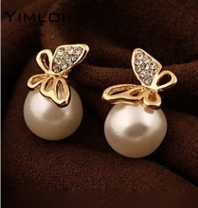 Nice-shopping-New-Fashion-Flying-Butterfly-Earrings-Rhinestones-Pearl-Earrings-Bowknot-Earrings-For-Women-E250.jpg_640x640